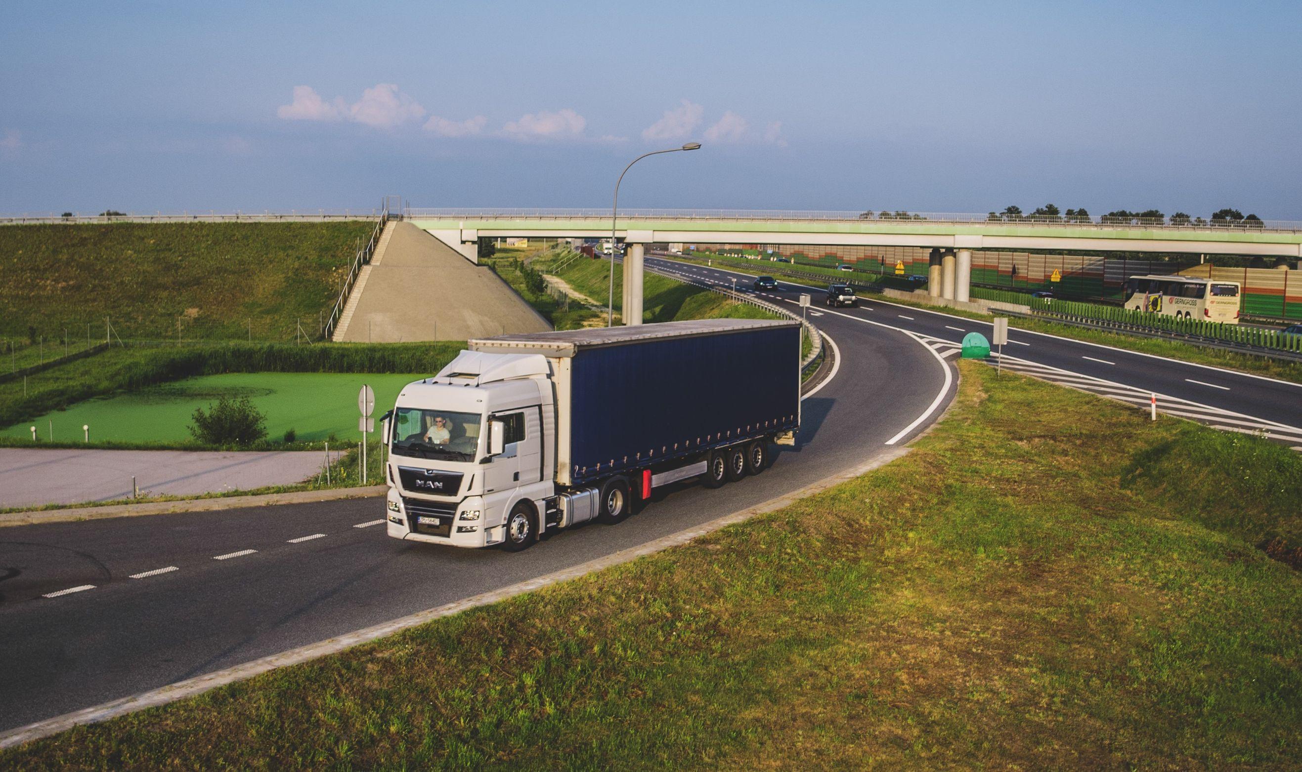 Lietuvos vežėjų mokesčių našta yra per sunki – vis daugiau verslininkų nori persikelti į užsienį