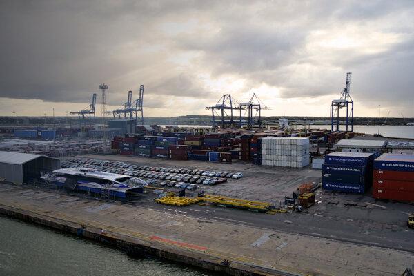 Logistics UK survey: 68% of respondents expect negative Brexit outcome