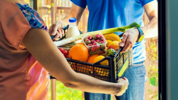 Știri din e-commerce   Sectorul de livrare a produselor alimentare a crescut exponențial în timpul p