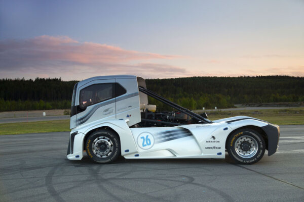 Volvo's Iron Knight – the fastest truck in the world