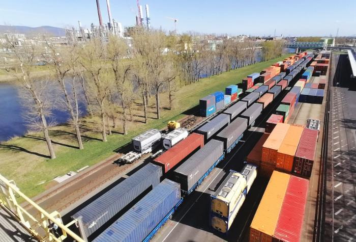 Spaltung der Deutschen Bahn – deutsches Schienennetz soll vom Staatskonzern losgelöst werden