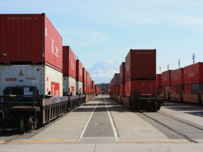 What protects intermodal supply chains against susceptibility to disruptions?