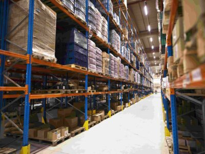 Складская деятельность и обязательная маркировка товаров Честный ЗНАК. Как подготовиться к внедрению системы?
