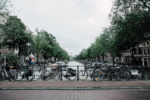 These Dutch cities will allow only zero-emission deliveries by 2025