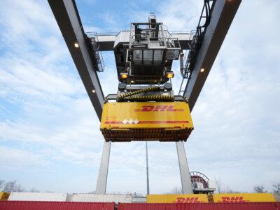 Zaskakujący krok DHL Global Forwarding. Globalny operator logistyczny rezygnuje z niektórych klientów