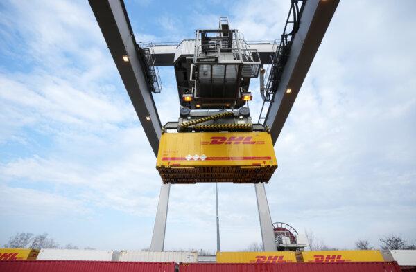 Zaskakujący krok DHL Global Forwarding. Globalny operator logistyczny rezygnuje z niektórych klientó
