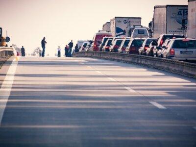 Erschreckende Statistiken: Bereits 25 Fahrer sind 2021 auf Deutschlands Straßen am Stauende ums Leben gekommen