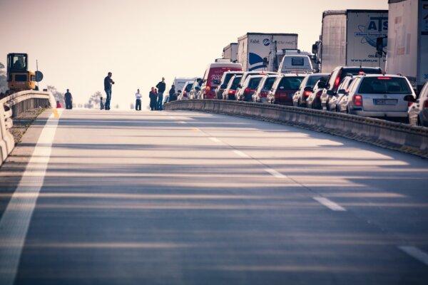 Erschreckende Statistiken: Bereits 25 Fahrer sind 2021 auf Deutschlands Straßen am Stauende ums Lebe