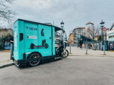 TIER ergänzt Serviceflotte mit E-Lastenrädern von ONO