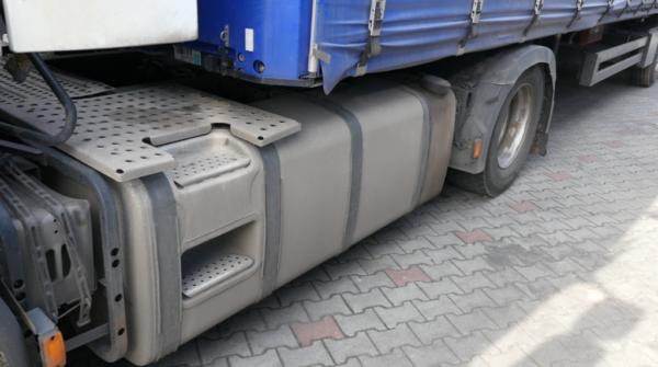 900 краж топлива из грузовиков в год. Перевозчики требуют более жестких штрафов для воров