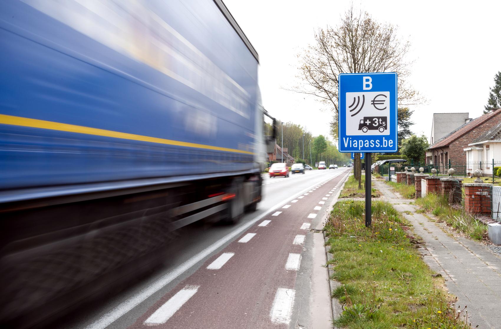 Zmiana w płatnościach za myto w Belgii. Operator wycofuje jedną z opcji płacenia