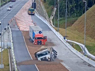 Láttál már vészfékező sávot teherautóknak? Nézd meg, mit csinál a kamionokkal! (videó)