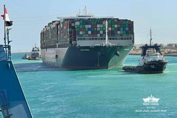 Ägypten baut Suezkanal aus