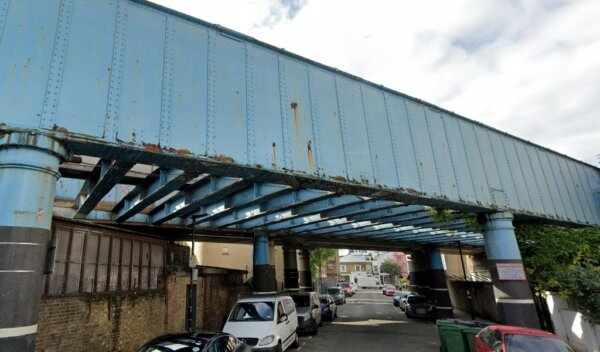 Camden bridge branded a lorry trap by local residents