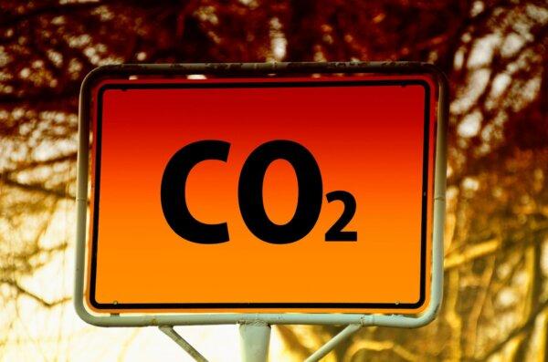 A felére akarja csökkenteni a károsanyag-kibocsátást az EU 9 év alatt