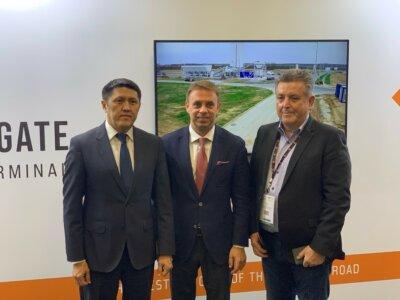 Kazah-magyar megállapodás: jelentősen nőhet az Ázsiából Európába irányuló vasúti áruforgalom