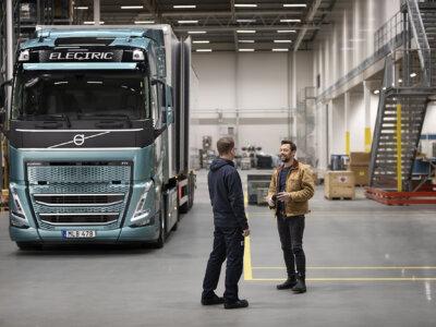 A Volvo Trucks új elektromos teherautókat mutatott be. Ezek hatótávja azonban megkérdőjelezhető