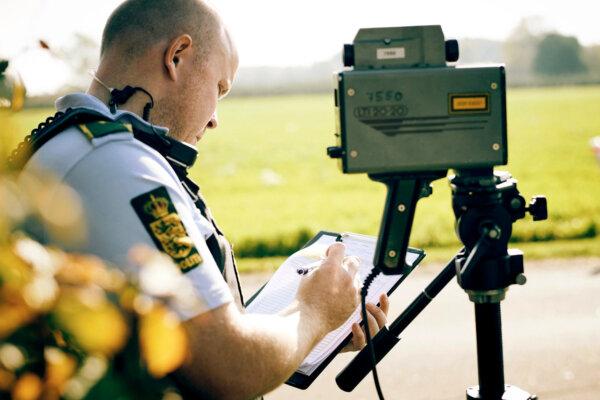 Transporto priemonių konfiskavimas ar net kalėjimas – Danijos policininkai gali griežčiau bausti kel