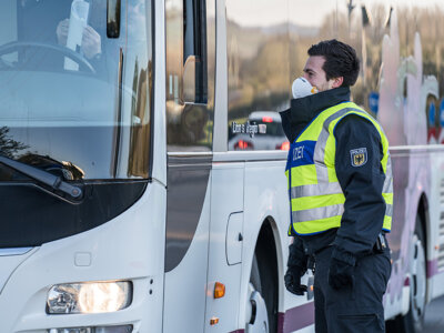 Germania relaxează controalele la granița cu Republica Cehă