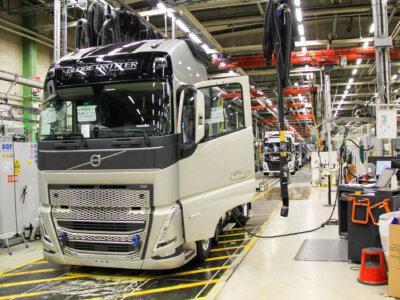 Обвал на рынке грузовых автомобилей. Производство задерживается, тягачи дорожают