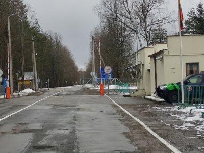 Pasienyje su Baltarusija darbą atnaujino trys kontrolės punktai