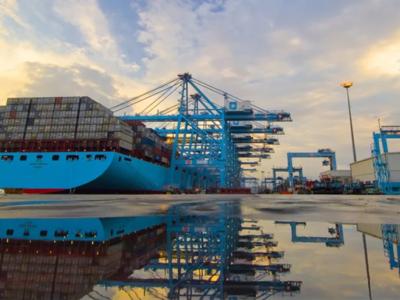 Nawet 1 mld dolarów na przejęcia. Maersk nie poprzestaje na transporcie morskim – chce rozwijać biznes na lądzie