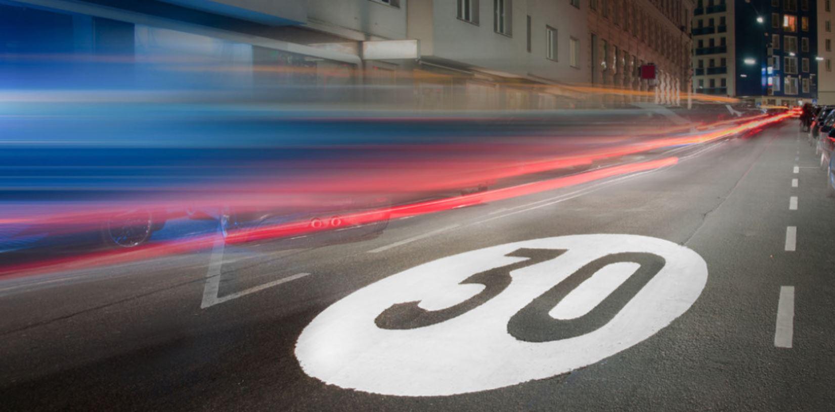 Jedziesz przez Hiszpanię? Lepiej zdejmij nogę z gazu – nowe limity prędkości