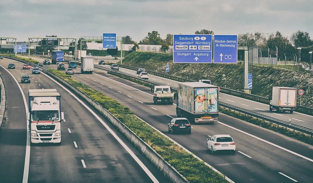 New research shows differences in lorry driver salaries across Germany