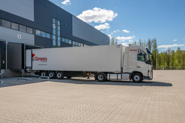 What role do short-notice full truck load (FTL) deliveries play in delivering logistics?