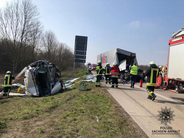 Все больше водителей грузовиков гибнут в ДТП в конце пробок. Германия обнародовала печальную статист