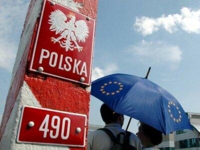 На польско-украинской границе скопление сотен машин. Заробитчане после Пасхи массово едут в Европу