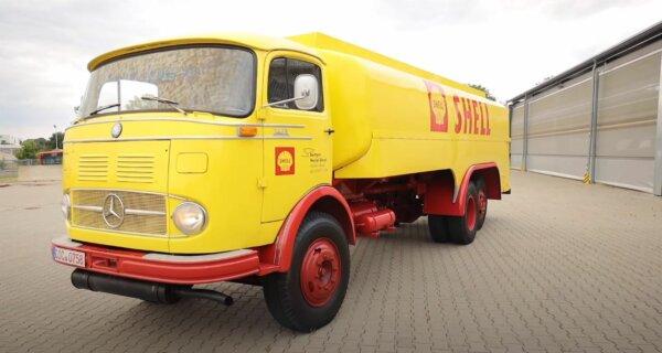 Mimo ponad 6 dekad na karku ta ciężarówka trzyma się świetnie. Zobaczcie, jak wygląda z bliska