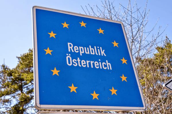 Австрия вводит Зеленый паспорт. Что это значит для тех, кто пересекает границу?