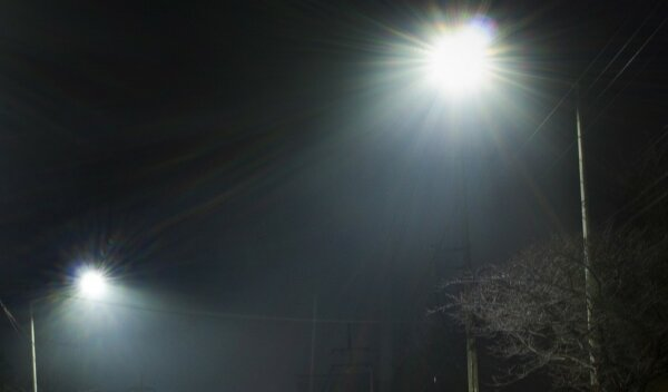 """""""Floodlit like Wembley"""" – Kent residents complain about light pollution from Brexit lorry park"""