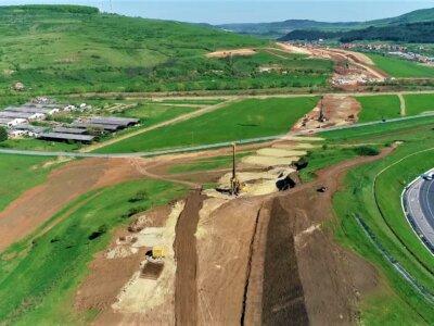 Infrastructură I Șantierul Autostrăzii A3 se conturează tot mai bine