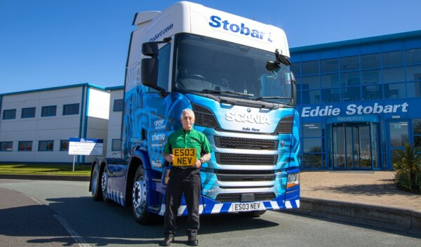Eddie Stobart thanks driver for completing 43 years of service
