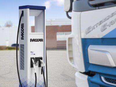 A DAF elektromos töltőberendezéseket árul, hogy fellendítse az elektromos teherautók iránti keresletet