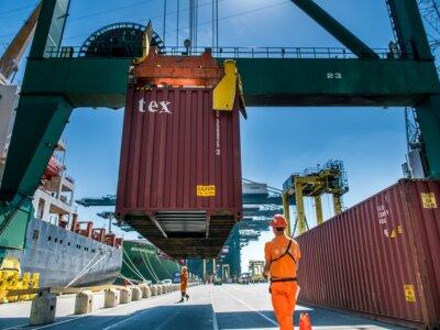 Kontener za odcisk palca? Port w Antwerpii wdraża kolejna fazę systemu wydawania ładunków