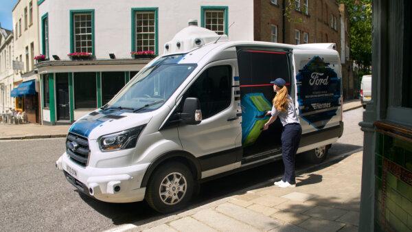 Paketzustellung mit selbstfahrenden Transportern: Ford und Hermes starten Pilotprojekt