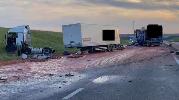 Truckers avoid serious injury after accident that left road looking like bloodbath