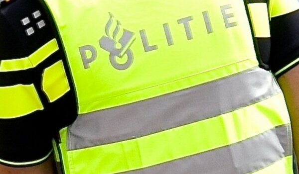 Thieves in fake police uniforms steal load from truck in the Netherlands