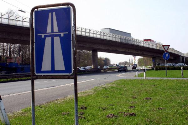 Germania: Restricții de camioane pe A43