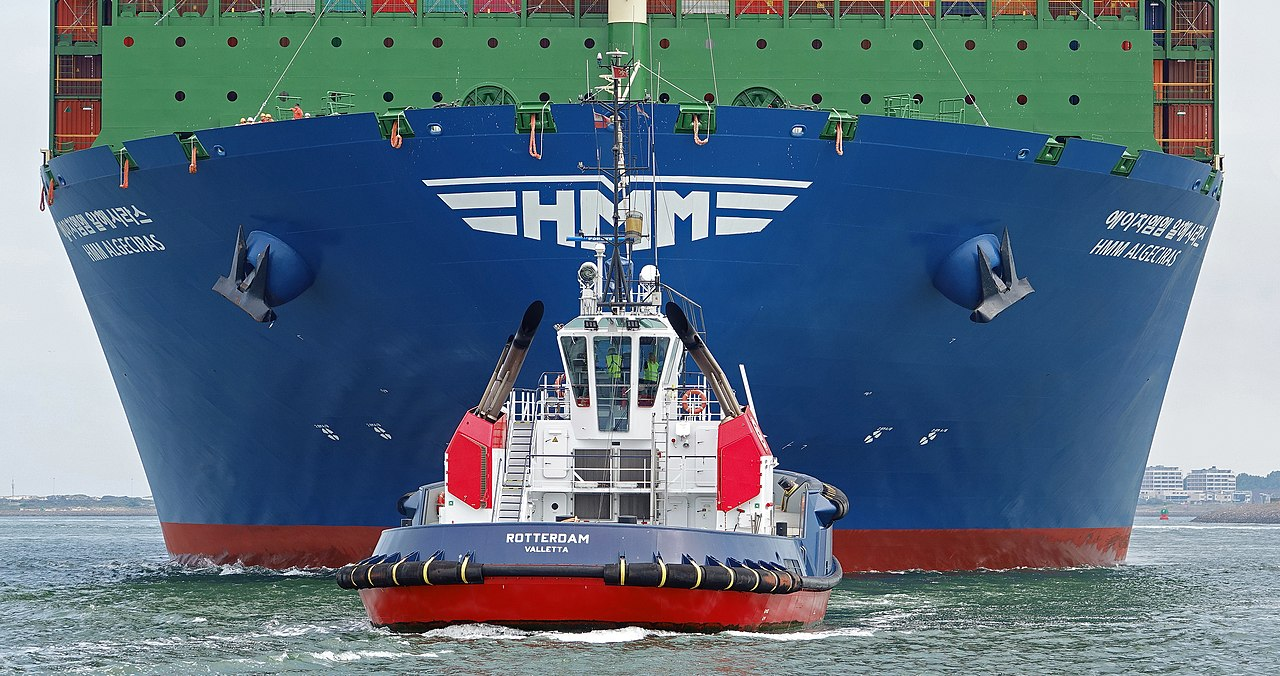 The 10 largest container ships in the world