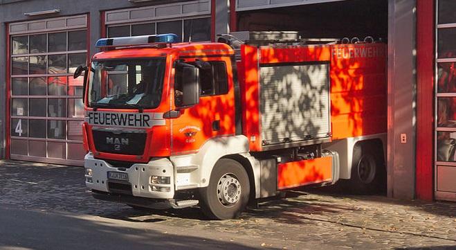 Kierowca ciężarówki okrzyknięty bohaterem w Niemczech. Uratował osiem osób