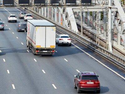 Ukrainoje ir Baltarusijoje vasarą sunkvežimiams taikomi eismo apribojimai. Patikrinkite, ką daryti didelių karščių metu
