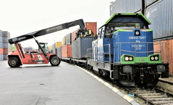 Ruszyło regularne połączenie kolejowe spod Wrocławia do Chin. 42 kontenery trzy razy w tygodniu