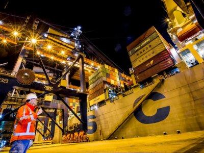 Inflacja mieszka w morskich portach. Podbija koszty importu o 2,5 proc. kwartalnie