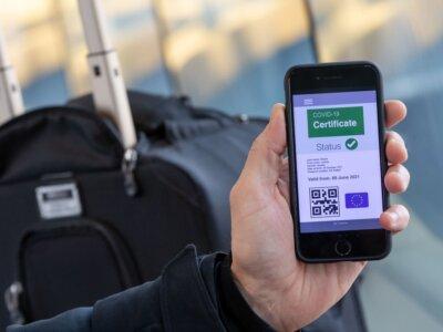 Septynios ES šalys įvedė COVID pažymėjimą. Sužinokite, kaip jis padės kirsti sienas