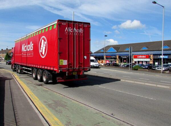 Kent haulier paying 50% of HGV training costs as UK driver shortage intensifies