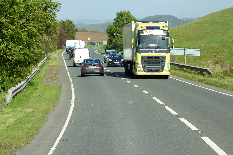 Report: UK Government discusses increasing drivers' hours at crisis meeting